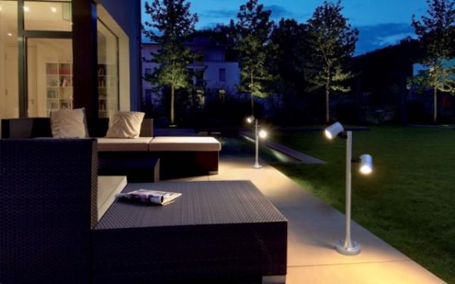 Μετατροπή σε ισχυρα φωτιστικα κηπου με LED 12V