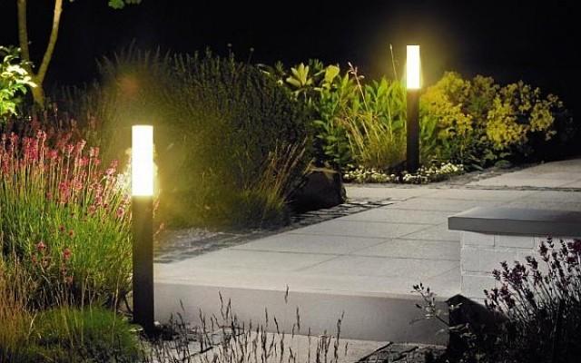 Αυτονομα ηλιακα φωτιστικα κηπου